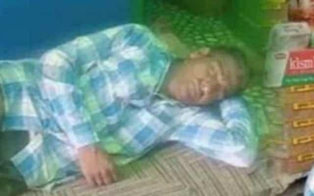 Lelaki ini tidur 300 hari dalam setahun