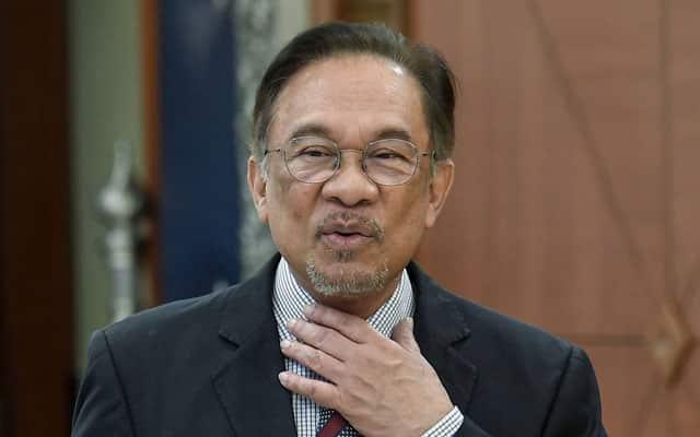 Apa salahnya kita cuba Anwar sebagai PM, kata MP Umno
