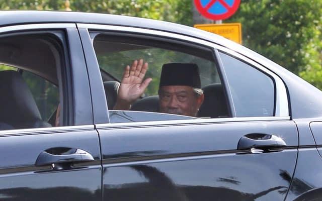 Gempar !!! Portal lapor Muhyiddin bakal menghadap Agong untuk rombakan kabinet