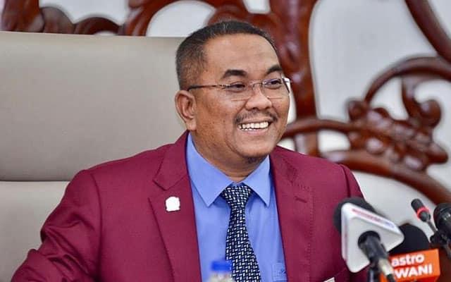 Pegawai MB dakwa netizen sengaja 'lanyak' bosnya demi tutup kecemerlangan Sanusi