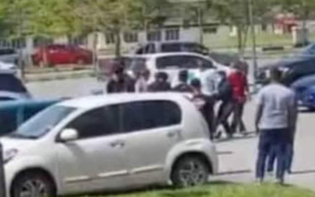 'Drift' dan bergaduh dalam kawasan PPV, 2 ditahan Polis