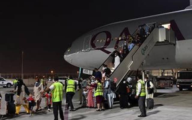 Pesawat komersial pertama berjaya buat penerbangan dari Kabul